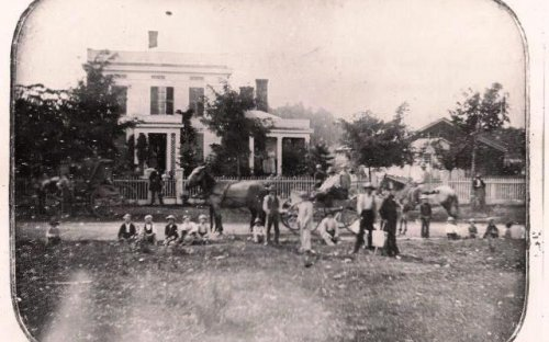 The Barker Pettit Home in Versailles