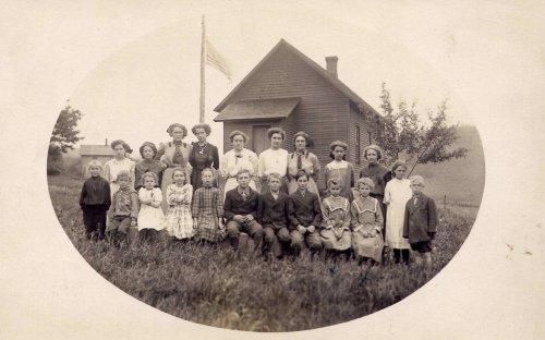 1912 Bear Hollow School