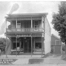 """The """"Drug"""" Store in 1913"""